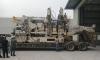 Xe nâng Đông Đô thực hiện đưa máy trong xưởng tại KCN Bình Xuyên II sử dụng xe nâng, xe cẩu.
