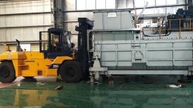 Nâng hạ, bốc xếp đưa máy vào vị trí tại KCN Biên Hòa