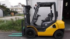 Cho thuê xe nâng Komatsu 2.5 tấn