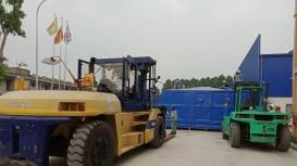 Công ty Đông Đô thực hiện vận chuyển, dỡ máy, đưa máy vào vị trí tại KCN Đồng Văn I